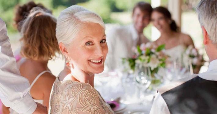 Matrimonio suocera ritocchino estetico